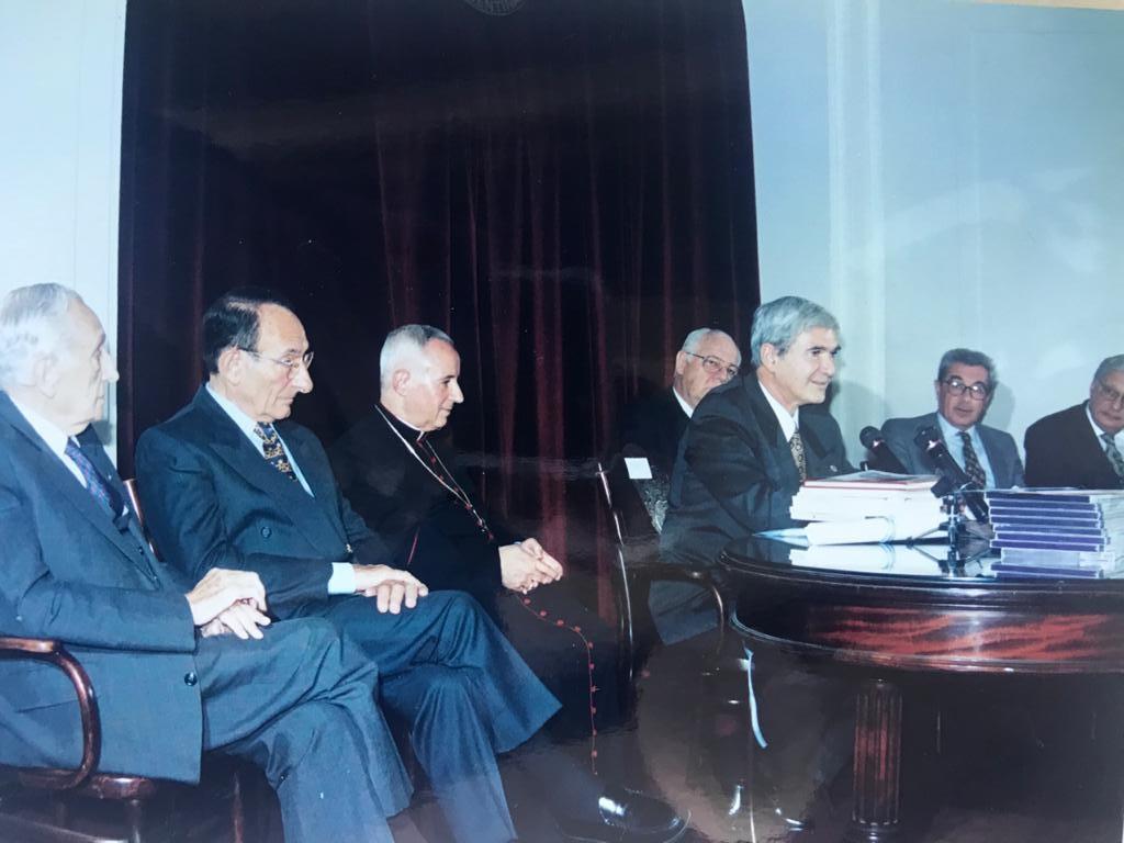 Roberto Votta, Salomon Schachter, Monseñor Umberto Calabresi, Elias Hurtado Hoyo, Julio Gonzalez Montaner Alberto Mazza, Hector Lombardo
